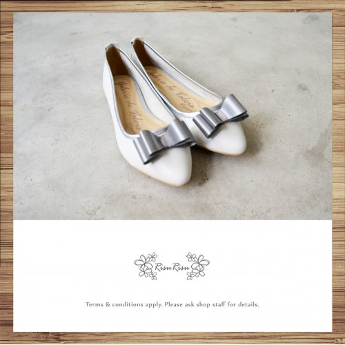 Butterfly Design Pointed / Flat Shoes / Soft Leather / / White  / RS5138A