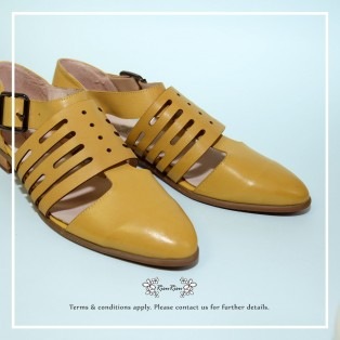 Buckle Flats / Pointed toe Leather Shoes / Handmade Shoes / Mustard / RS5620B