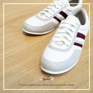 White with purple / Sneaker collection / Lace up trainers / Insole With Soft Cushions  / Sports Shoes / RS5806A