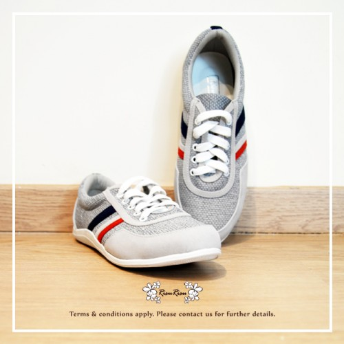 Grey with red blue / Sneaker collection / Lace up trainers / Insole With Soft Cushions  / Sports Shoes / RS5807A