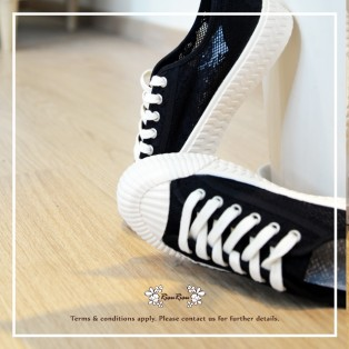 Fashion canvas sneaker / Mesh knitted upper / Low cut lace up / Insole With Soft Cushions / Black / RS5922B