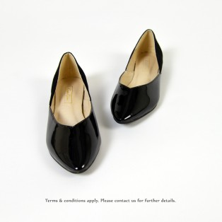 Slightly Exposed Toe Seam / Pointed Flat Shoes / Bicolor / RS6011A