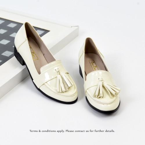 ★ NEW ★  Risurisu | Enamel upper | Handmade | Block Heels | Ivory | RS6302B