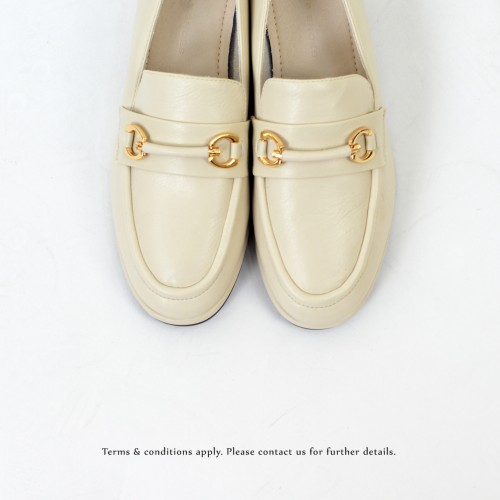 Classic | Comfort city look | Metallic Knot Accent | Ivory | RS6322A