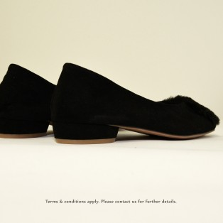 Slim fit feet!   Elegant fur flat shoes   Black  RS6878A