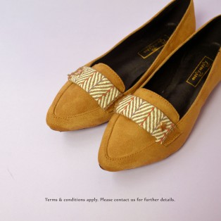 Japanese woven Flat Pumps | Streamline pointed design | Handmade | Dark.Beige | RS6918A