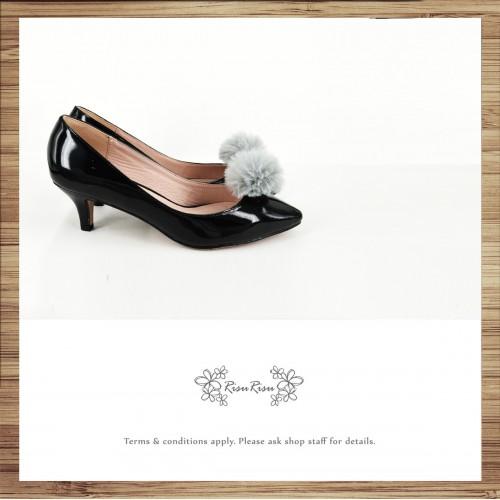 Risurisu Low heels / Handmade / Full leather / Colored fur ball  / Black / RS7133B